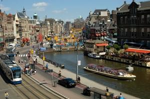 Амстэрдам.